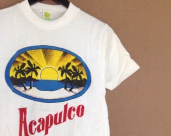 On sale 1980s Vintage Acapulco Mexico small souvenir vintage tshirt