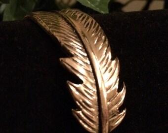 Metal Feather Bangle