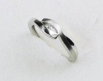 gold diamond ring - 0,03ct diamond