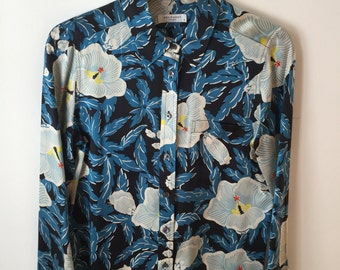Equipment Femme Blue Hawaiian Floral Pajama Set