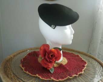 1940s Black winged beret with Rhinestones