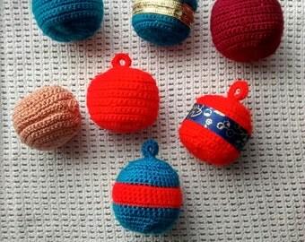 Balls and bells of Christmas (crochet)