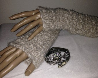 Hand knitted warm warmers