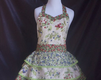 Shabby Chic Style Apron with Berries Print