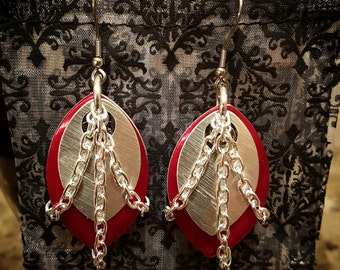 Captive Chain Dangle Earrings