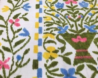 "Vintage Chenille Bedspread 71x98"""