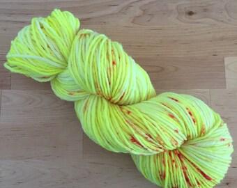 Hand Dyed Yarn | Superwash Merino Wool | Worsted Weight | 100 g. | Lemonberry
