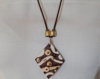 Zibra pattern ceramic necklace