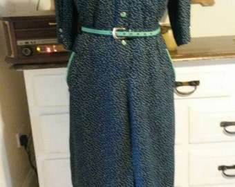 1980s does 40s Navy and Green polka dot dress /matching belt. Med/large.