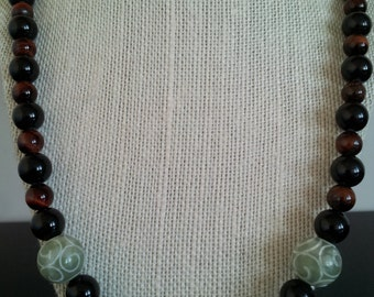 Men's Necklace,Tiger Eye,Handcrafted.