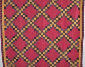 Antique Quilt, Southwestern Double Irish Chain Pattern