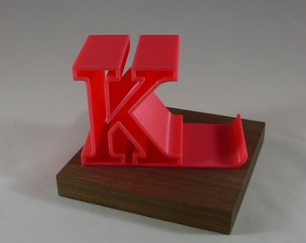 3D Letter - Smartphone Stand