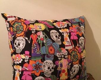 Skull rainbow pillow