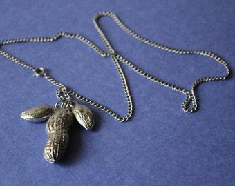 Vintage Peanut Necklace