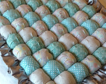 Mint Green Baby Bubble Quilt - Ready to Ship