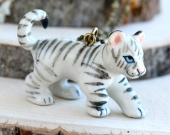 Hand Painted Porcelain White Tiger Cub Necklace, Antique Bronze Chain, Vintage Style Albino Tiger, Ceramic Animal Pendant & Chain (CA090)