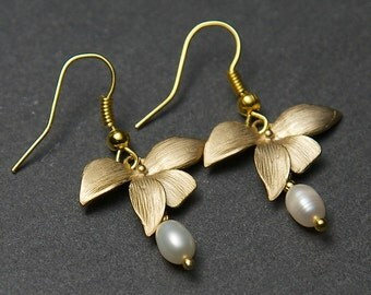 Gold Orchid Earrings With Freshwater Pearls. Pearl Earrings. Orchid Earrings. Gold Flower Earrings. Freshwater Pearl Earrings.