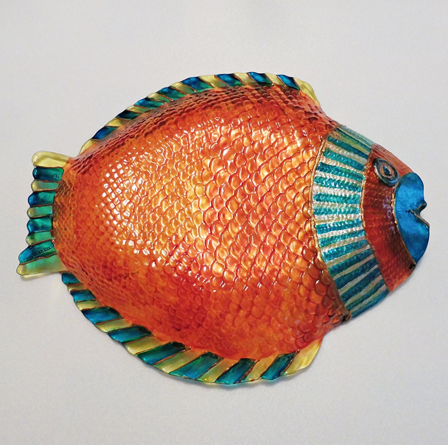 Painted fish plates fish glass plates painted decorative for Painted glass fish