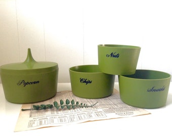 Vintage Mid Century Retro Green Set of 4 Nesting Party Snack Bowls - Stackable - Popcorn Chips Snacks Nuts