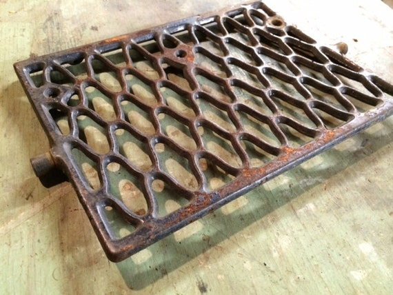 Vintage Old Cast Iron Sewing Machine Foot Treadle Pedal Salvage Part Grate Altered Art Assemblage Project