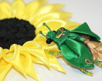 brooch, brooch with bug, brooch kanzashi, kanzashi, bug, green, kanzashi bug, gift, free shipping