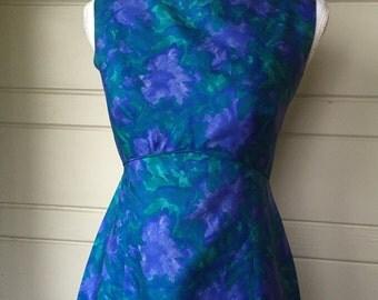 Vintage floral wiggle dress