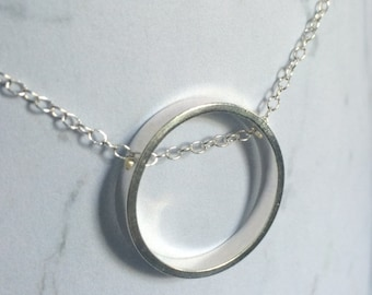 Geometric Circle Sterling silver chain necklace, Minimal, Contemporary, simple, Brushed Matt/Satin Finish