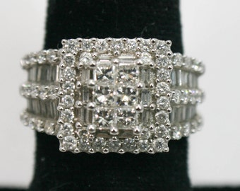 Diamond cluster White gold ring size 7.25