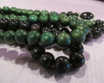Vintage green and black beaded necklace, Double strand bead necklace, vintage jewelry