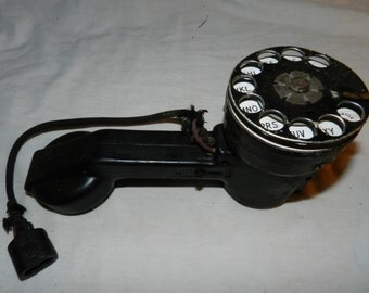 Vintage Lineman's Rotary dial Test or hip phone - Unusual design - Bell System made by Western Electric - Collectible Telephone         28-2