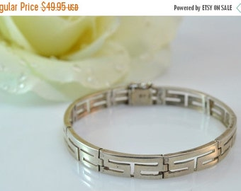 1 Day Sale Geometric Pattern Hinged Link Bracelet Sterling Silver 12.1g Vintage Estate