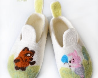 Girl's felted slippers
