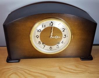 Vintage Seth Thomas Shelf Clock - Art Deco - Made in Canada - 1930s