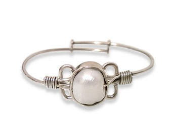 Bracelet Greek motif with natural pearl