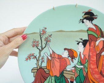 Vintage ceramic plate Geishas hand painted / Japanese Scene Plate / Wall hanging plate