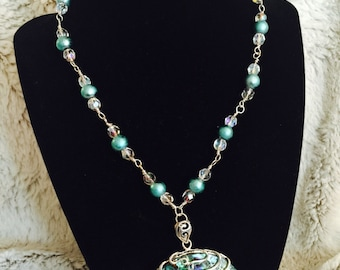 Vision of the Sea Shell Pendant Necklace