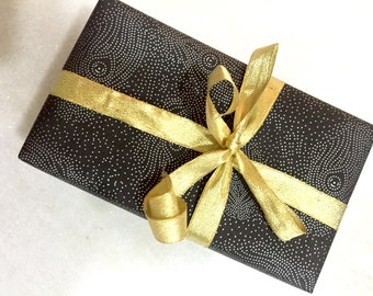 Black wrapping paper Set of 2 - Polka dots wrapping paper - Christmas gift wrap - Black and silver gift wrapping paper - Smart gift wrapping