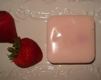 Organic Stawberry Goat Milk 4 oz  Soap Bar