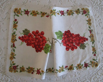 Vintage Linen Tea Towel With Grapes And Flowers, Linen Tea Towel, Retro Linen Tea Towel, Tea Towels,