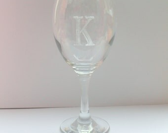 Monogrammed wine glass, Engraved wine glass, Personalised wine glass, Initials wine glass, Birthday gift