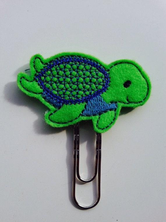 Cute Sea Turtle bookmark // planner clip // paperclip
