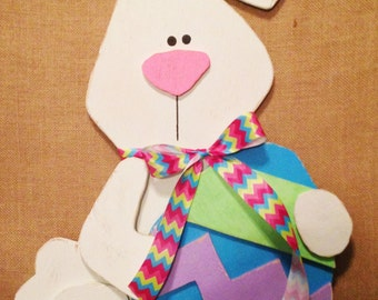 Easter Bunny with Egg Wall Decor/Wall Hanging