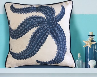 Starfish Pillow Cover - With Seaweed - Nautical Pillow Nautical Decor starfish Decor Beach House Decor Coastal Living Coastal Decor