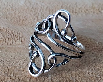 Heart Charm Ring: Solid 925 Sterling Silver Heart Charm Band Ring Jewelry