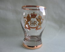 Queen Elizabeth II / Coronation / 1953 / printed glass / Gilt decoration / Royal / Small tumbler / Commemorative / Mid Century / Glass