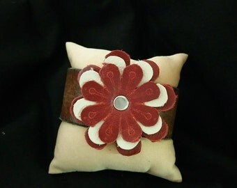 Leather cuff with Flower embellishment