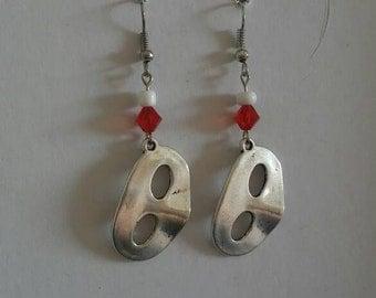Simple mask earrings