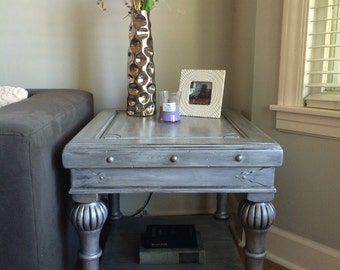 Metallic Silver End Table Set made of Solid Carved Wood with Black Antique Finish
