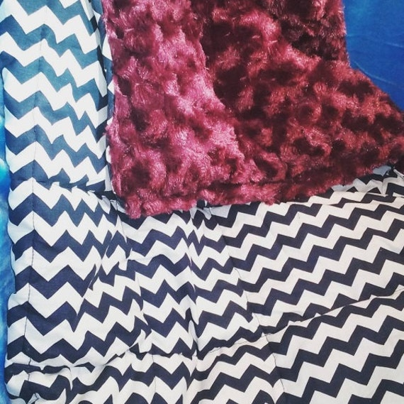 Child's White and Navy chevron cotton with raspberry rosebud material 5lbs