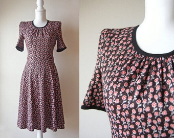 Japanese Vintage Dress / Vintage 1980's Dress / Mammina Tokyo Chocolate Brown Dress with Small Red Floral Print